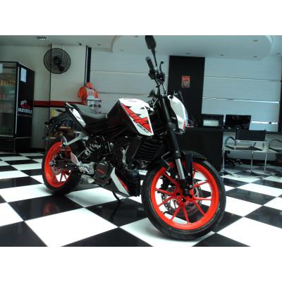 KTM Duke 200 ABS 2019 Branca