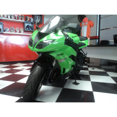 Kawasaki ZX6 R Verde 2010